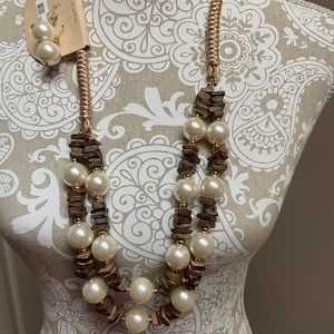 Pearls and Browns Necklace with Earrings